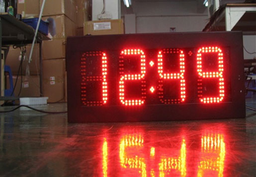 8 Inch Outdoor LED Clock Time and Temperature LED Display Sign
